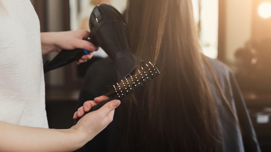 Desaconsejado el servicio de peluquería a domicilio para prevenir la propagación del COVID-19